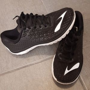 Brooks Pure Flow 5 Black Running Shoes